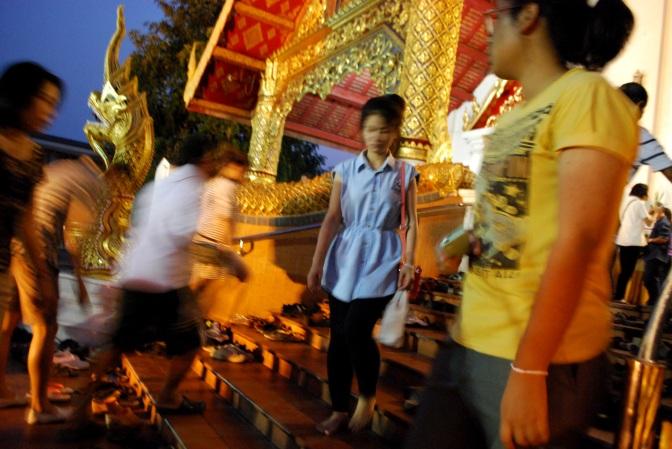 Tajlandia: Buddyjskie święto Makha Bucha