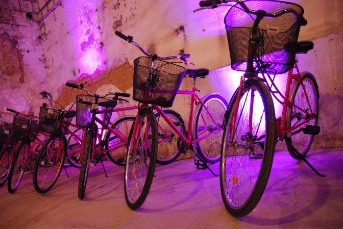 9 notatek – jak jeździć na rowerze po mieście i przeżyć