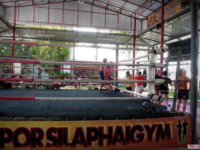 Uderzyłam dziś dziewczynę. Tajski boks – dzień pierwszy i najdłuższy